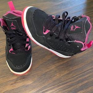 Jordan Flight black and pink 11c